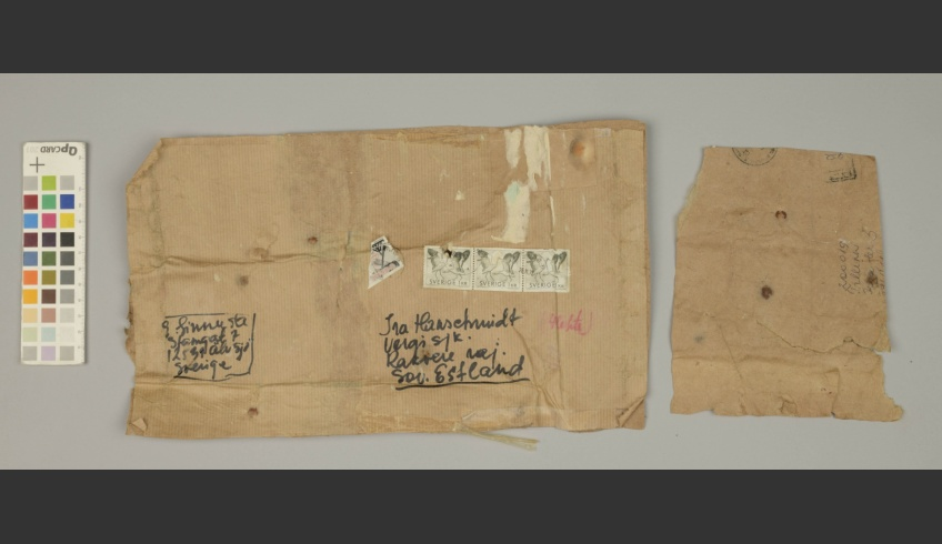 ill 34. Fragment of the envelope used as spoilage beneath wallpaper layers. It was packed in the storage-box together with wallpaper examples.